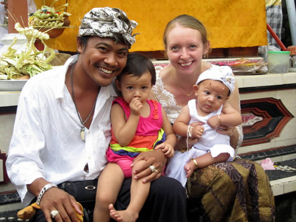 expat jakarta dating Expats in indonesia blogs directory at expats blog find a blog written by expatriates in indonesia, living and working in indonesia.