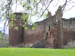 Bothwell Castle is our favorite picnic spot