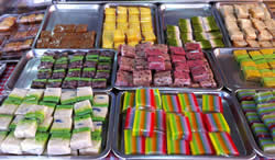 Nyona kueh (multicoloured local cakes that are very Singaporean and one of my favourite things to eat)