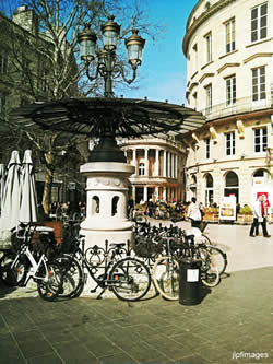 Place Gambetta - Bordeaux - Great city to walk & cycle.