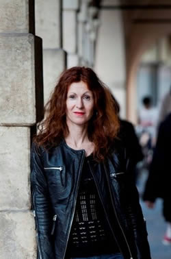 Expat author Catherine - grew up in Sydney and has lived in France, Italy, Belgium, Somalia and Ghana